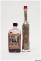 Dauerwellen II; Flaschen, Tinte, Haare, 2009