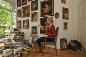 Lesende © Margret Baumann