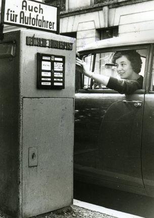 Autobriefkasten, 1960er Jahre