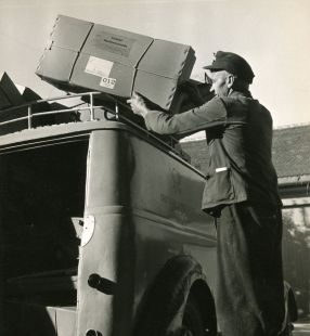 Paketbeförderung, 1952