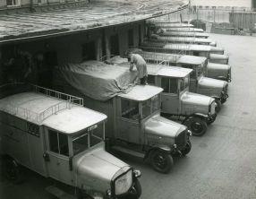 Paketfahrzeuge, 1952
